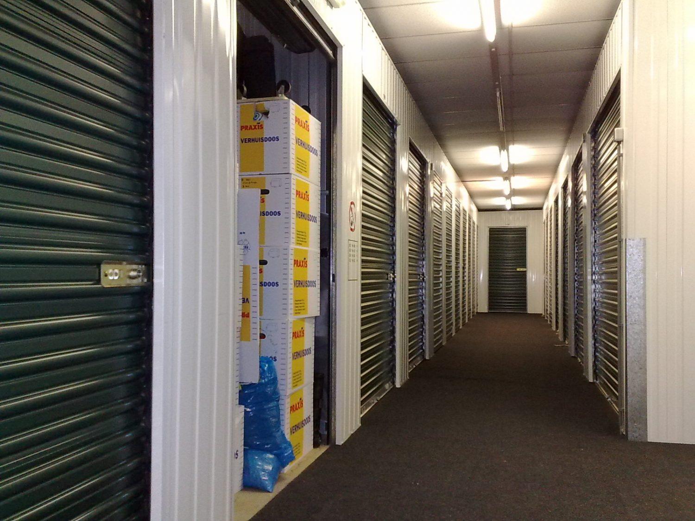 Self_storage_units (1)